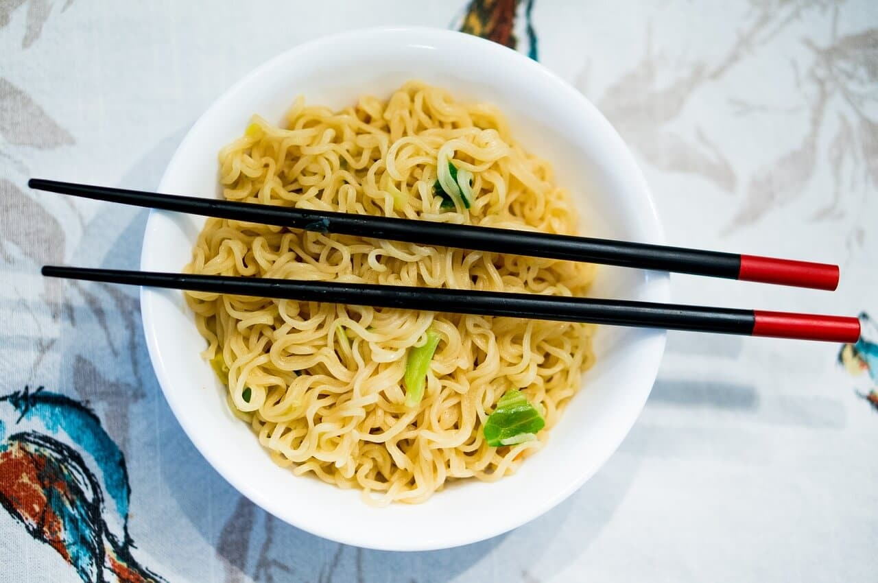 Can Dogs Eat Ramen Noodles With or Without Seasoning?